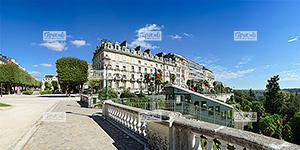Europe, France, BŽarn, rŽgion Nouvelle Aquitaine, 64 - PyrŽnŽes-Atlantiques , la ville de Pau, la Place Royale, le Boulevard des PyrŽnŽes, ˆ droite le funiculaire